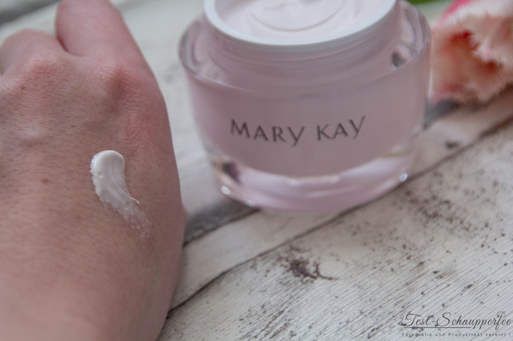 Mary Kay Intense Moisturising Cream Anwendung